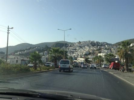白い町並みが素敵なボドゥルム