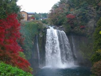 音止の滝の紅葉2013