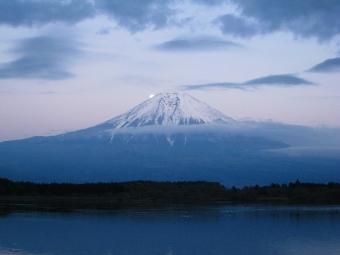 田貫湖のパール富士02