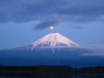 田貫湖のパール富士03