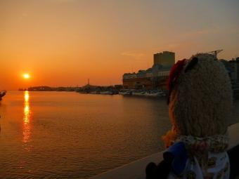 おばぶ幣舞橋から夕日を眺める