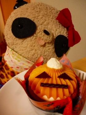 ハロウィンケーキとばぶちゃん