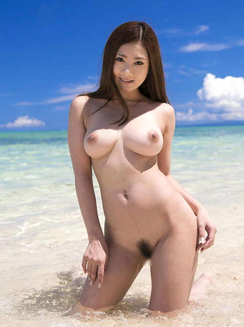 早く海へ行っておっぱいが見たい