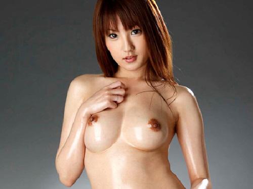 ローションプレイで卑猥な身体とヌルテカセッション 【エロ画像20枚】