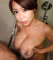 桜木莉愛チャン Lカップ107cmの超乳おっぱい♪