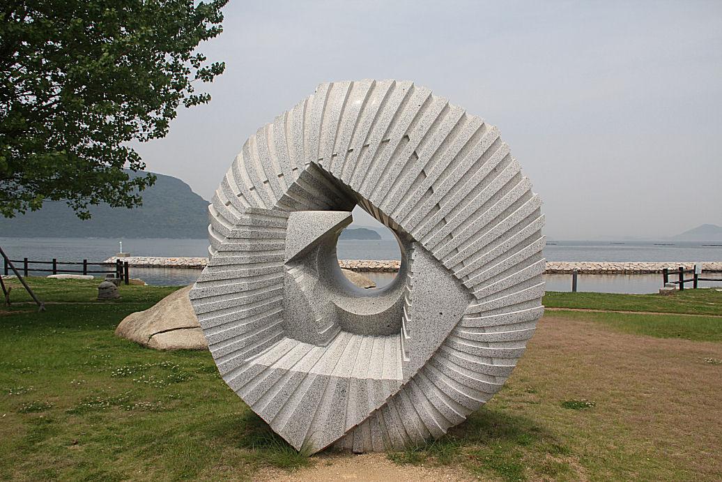 5070209.jpg