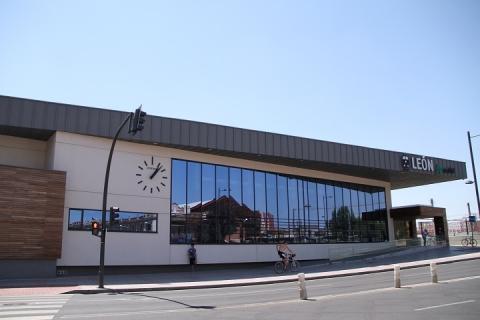 1061 estacion de Leon