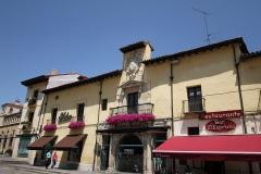 1195 Palacio de los Villafane
