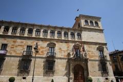 1200 Palacio de los Guzmanes