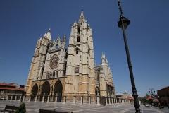 1221 Catedral de Leon