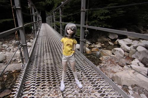 吊り橋の上で その2