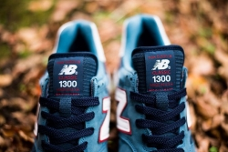 new-balance-1300-medium-bluenavyred-1.jpg