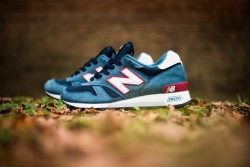 new-balance-1300-medium-bluenavyred.jpg