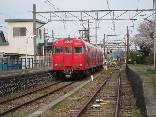 名鉄吉良吉田駅・蒲郡線ホーム