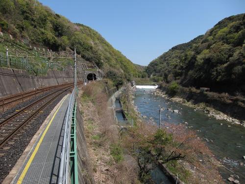 定光寺駅から望む庄内川