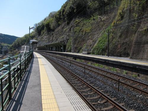 定光寺駅ホーム