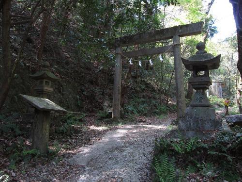 東海自然歩道・春日井コースの鳥居