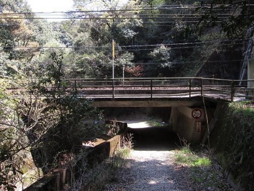 中央本線・八谷洞橋りょう