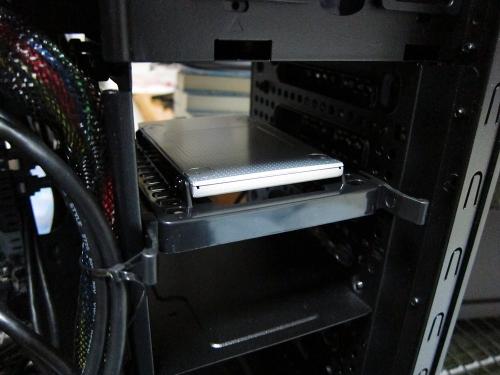 新メインPC・SSD取り付け