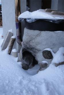 2014年1月雪に埋もれた露天風呂