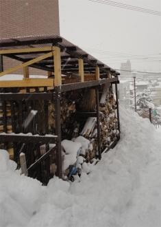 201401 薪小屋 雪おろし後