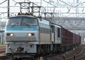 1353レ(=EF66-129(本務)+EF64-1040(次位))