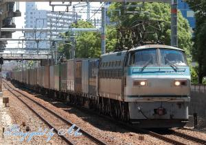1055レ(=EF66-129牽引)