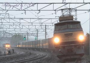 1051レ(=EF66-30牽引)