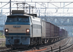 5091レ(EF66-52牽引)