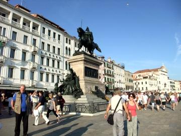 ベネチア141ヴィットリオ像