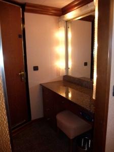 クルーズ018バスルーム