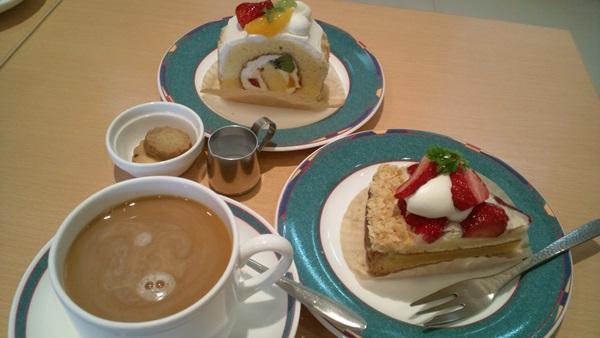 母とカフェで