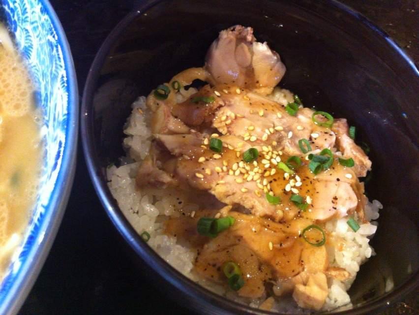 とんぱた鶏丼