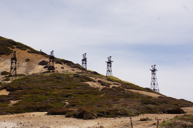 毛無峠の索道の残骸