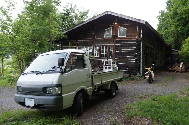 飯山線の枕木の家