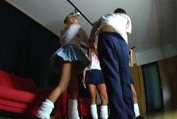 黒ギャル女子校生の放課後オヤジ狩りサークル02
