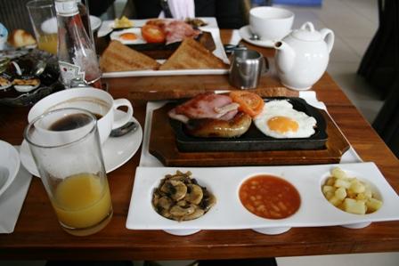 0605ホテル朝食b