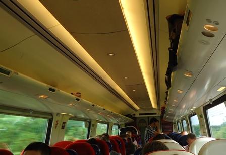 0609Oxf-Wolv列車