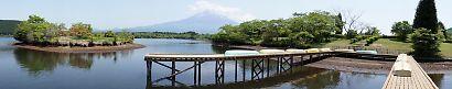 富士山と新緑田貫湖の画像-7