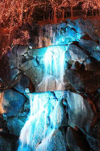 滝のイルミ