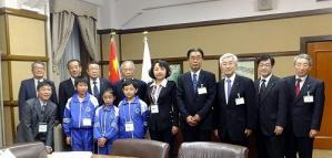 s-130325名古屋市役所訪問12
