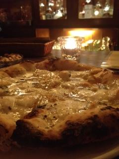 フォルマッジピザ
