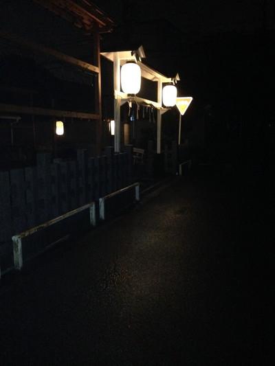 神社の灯り