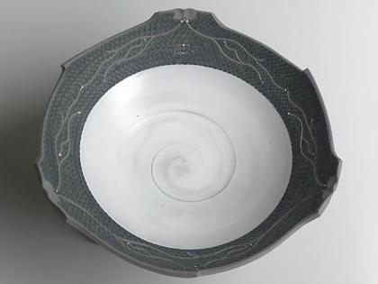 三つ足の大鉢3