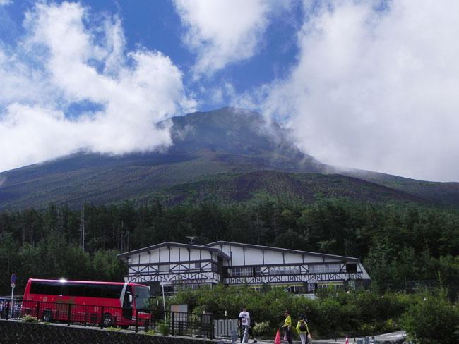 2-9:46富士山頂