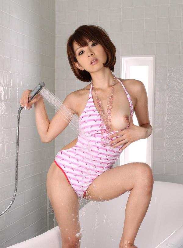 下着モデルをさせられて 奥田咲 エロ画像b002a.jpg