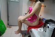 人妻 裸エプロン&ヌード画像 3