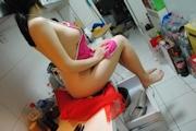 人妻 裸エプロン&ヌード画像 4