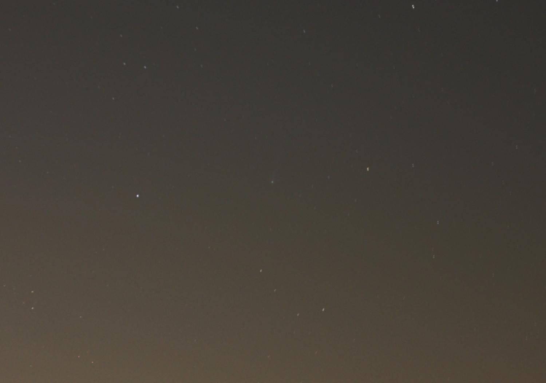 アイソン彗星(4枚コンポジット)