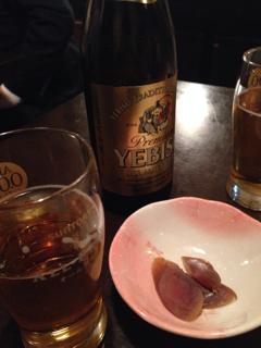 ビールとお通しのカラスミ